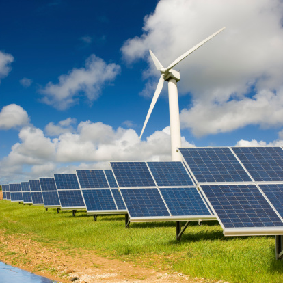 14263_thinkstockphotos-185459337 Wind, Solar Account For All New Capacity In April