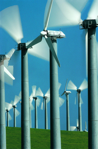 14467_thinkstockphotos-dv791031 AWEA: Wind Can Help With Clean Power Plan Requirements