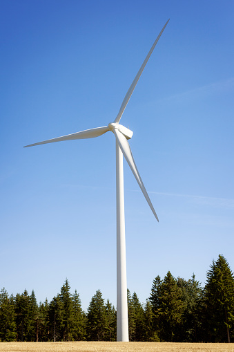 14610_thinkstockphotos-486681698 New Senvion Turbine Model Will Be Available In 2018