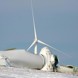 7501_newsticky3.16 Rotor Crashes At Iberdrola's Rugby Wind Farm In North Dakota