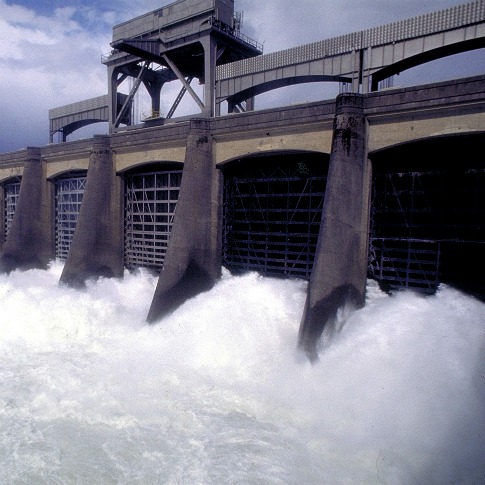 9685_bpa_dam BPA Testing New Energy Storage Method To Avoid Wind Power Curtailment