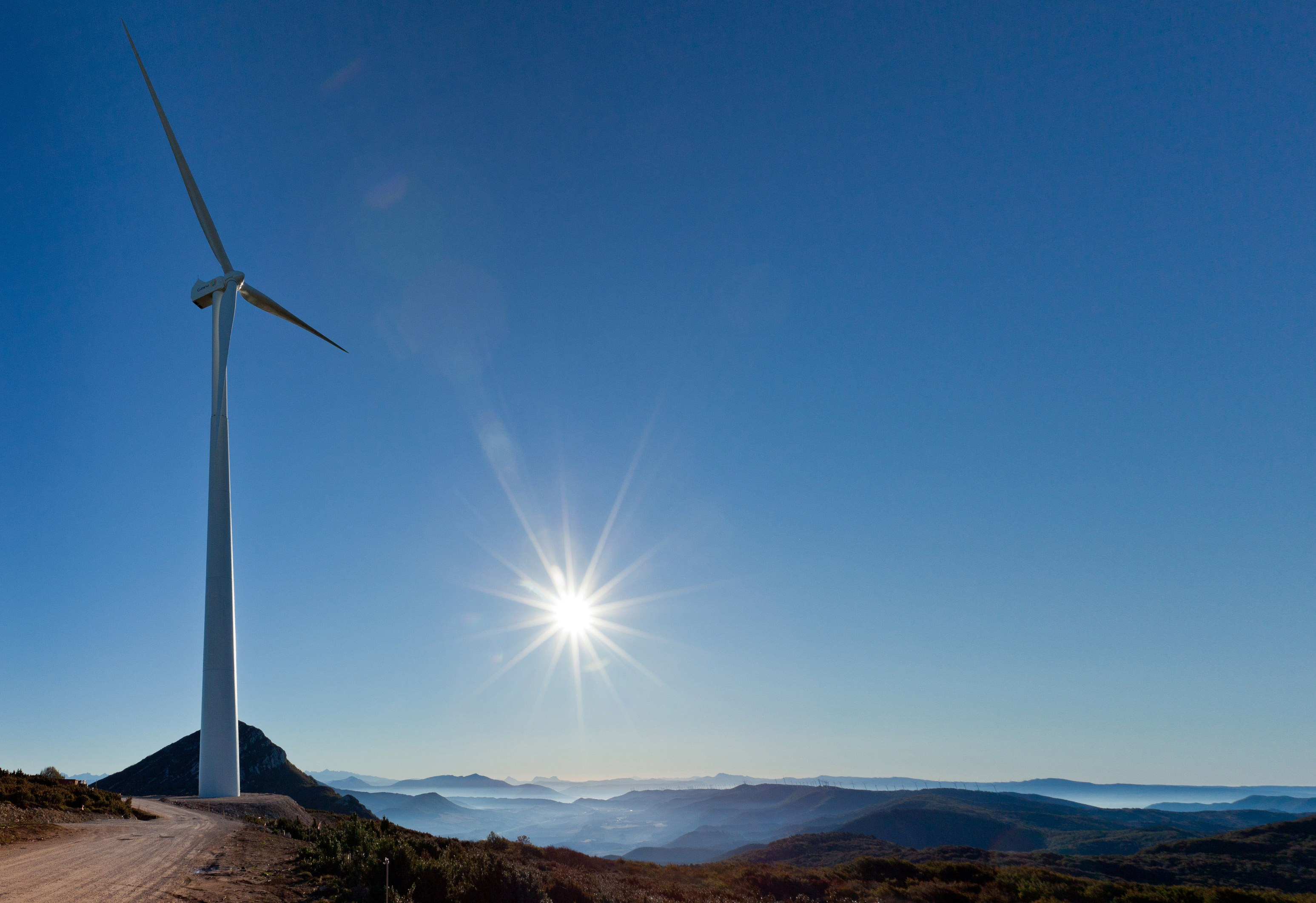 GAMESA-G128-4.5-MW Debstedt Wind Farm Getting Refitted With Three New Gamesa Towers