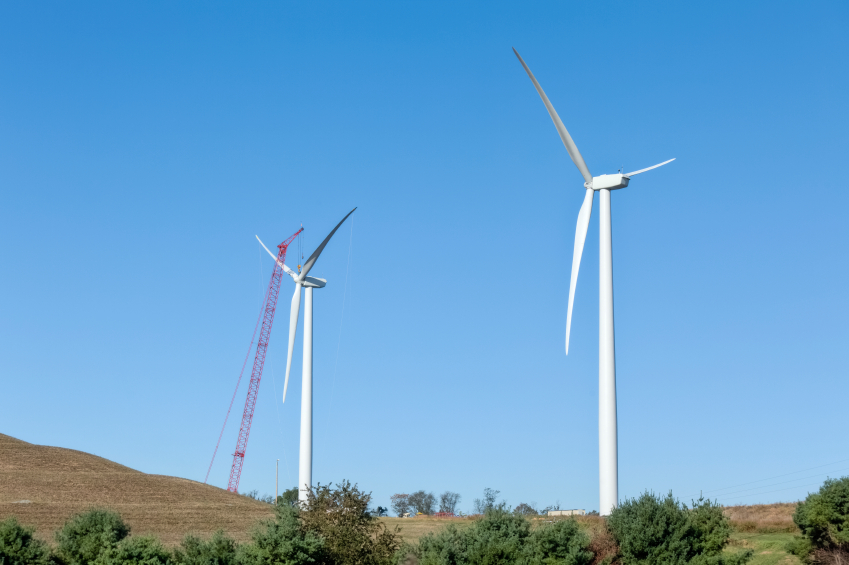 iStock_000014344181_Small Iron Mountain To Replace 30% Of Electricity Consumption With Wind Power