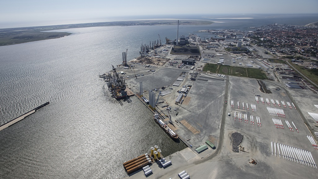 mhi-vestas MHI Vestas Offshore Wind Doubles Facility Size At The Port Of Esbjerg