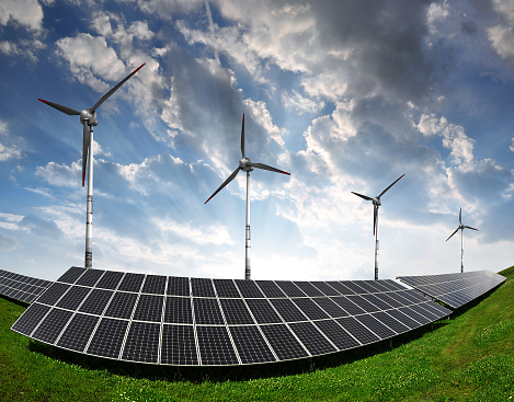 wind-and-solar-fisheye Ontario Firm Hires Novograd To Drive Renewables Investment Strategy