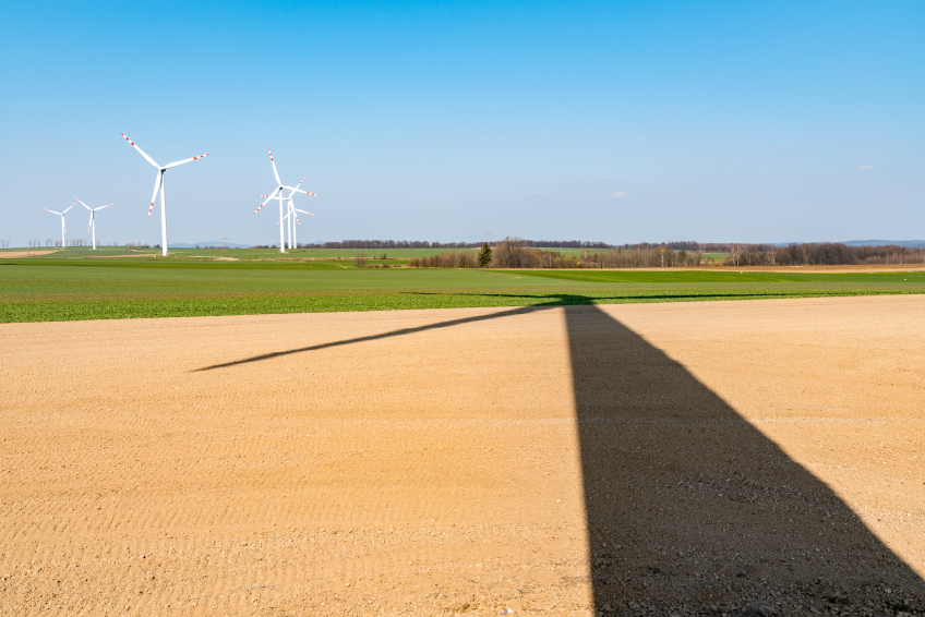 iStock_000090931429_Small IRS Issues Revised Start-Of-Construction Guidance For Wind Developers