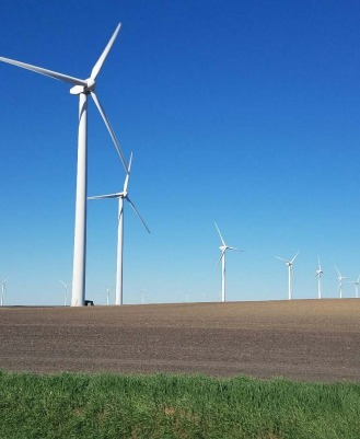 century-wind-farm MidAmerican Contracts With Diamond For Iowa Wind Maintenance