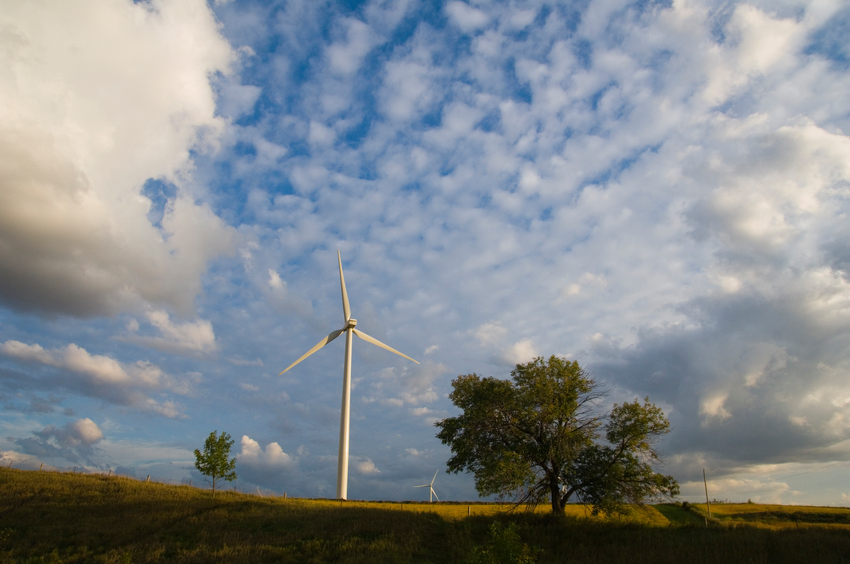 iStock_10732744_SMALL Alliant Energy Invests $1B To Expand Iowa Wind Presence