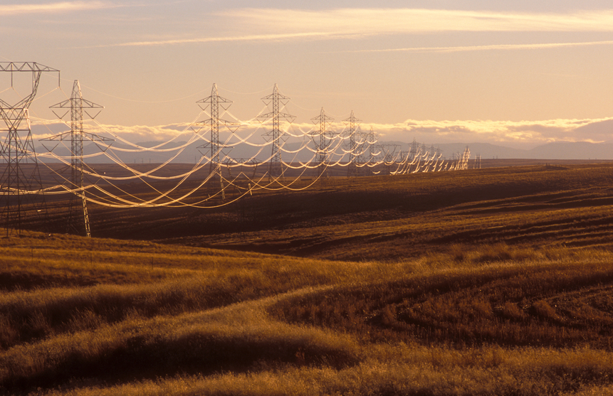 iStock_90157673_SMALL Grid Project With U.S., Canada Utilities To Advance Distributed Energy Integration