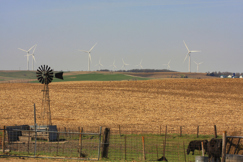 iStock_94773491_SMALL Report: The Impacts Of Iowa's Thriving Wind Industry