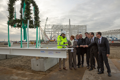 IM2016110163WP_072dpi Siemens' New Offshore Turbine Production Plant Reaches Milestone