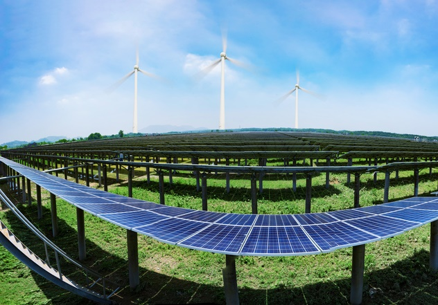 iStock-636068884 RE100's Annual Report Highlights Corporate Trend Toward Renewables