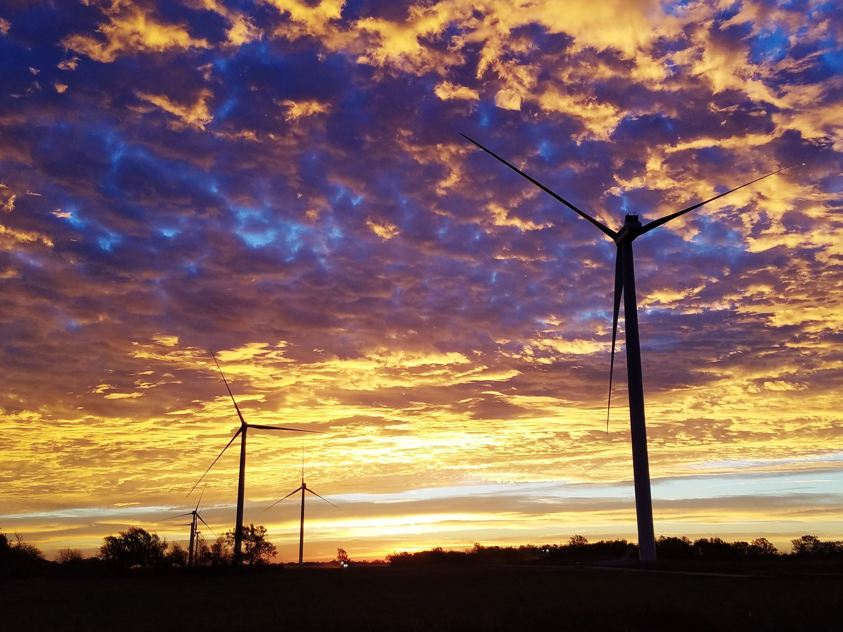Sunset EDF RE Gains Investors For Oklahoma Wind Farm