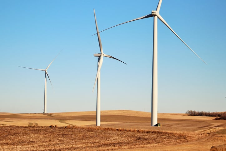 iStock-523035728 Wind Makes It Big In Central U.S.; SPP Sets New Record