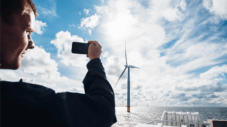 Havmølle DONG Energy Offers Free Offshore Wind 'Safaris'