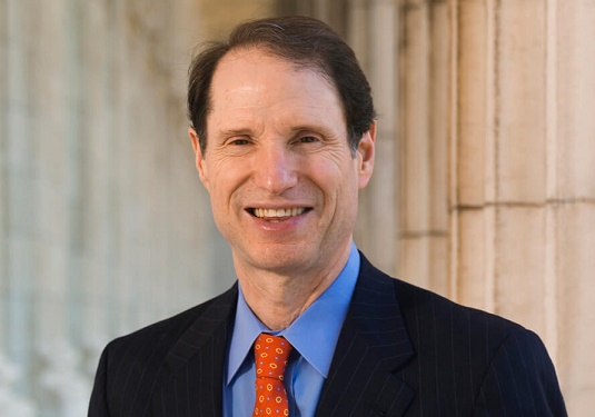 wyden-headshot U.S. Senator Proposes Clean Energy For America Act