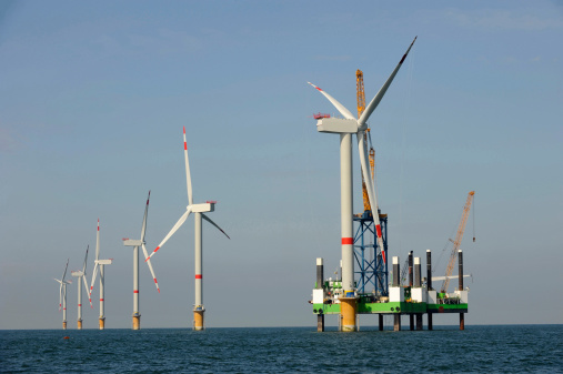 Feds Fund State Efforts To Catalyze Offshore Wind