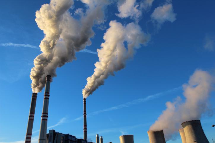 ThinkstockPhotos-489548799 Illinois AG: EPA's Clean Power Plan Should Survive Legal Barriers