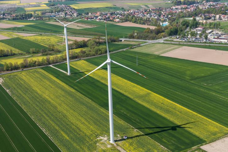 ThinkstockPhotos-504825282 HUVRdata, EdgeData Team Up For Unmanned Turbine Inspections
