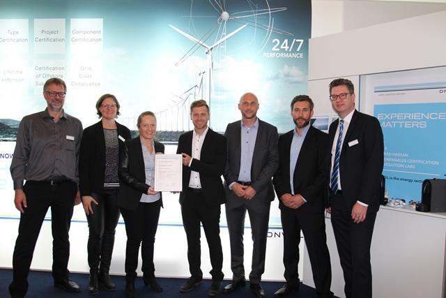 SiemensTC_3.6.Certificate-Handover_web Siemens' Newest Onshore Turbine Earns DNV GL Certification