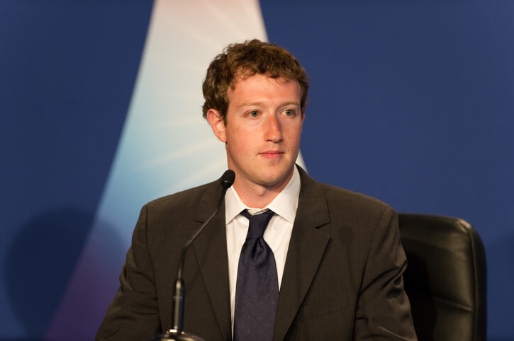 """Mark Zuckerberg says, Technology doesn't create Jobs, but it does increase pay"""""""